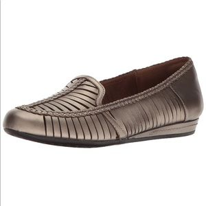 NIB Bronze Leather Woven Moccasin Loafer
